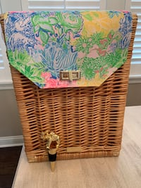 Lilly Pulitzer Wine Carrying Case With Elephant Wine Stopper