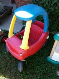 Little trikes car in good condition halves key Huron Charter Township, 48164
