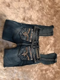 Rock revival skinny jeans Charon size 26..... I have more pairs.... look on my page 1300 km