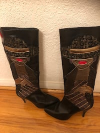 Black Leather Boots Los Angeles, 90008