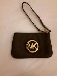 black Michael Kors leather wristlet London, N6P 1P2