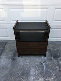Small cabinet/ entertainment TV stand Long Beach, 90806