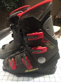 Black-and-Red snow board boots. Vaughan, L4H 3P6