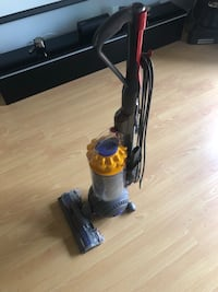Dyson Ball Multifloor Upright Vacuum Irvine, 92618