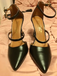 Cute-Black-Leather Heels Baltimore, 21207