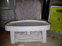 First years booster feeding seat Cambridge, N1T 1T4