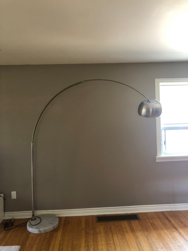 Floor based marble lamp with bulb
