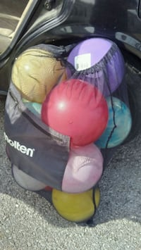 All balls in great condition. Nice bag for storage Kansas City, 66111