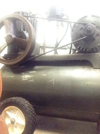 Sears twin cylinder air compressor  Northampton, 18067