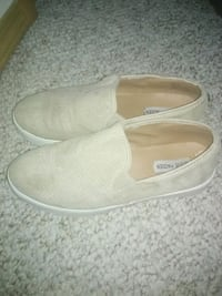 Woman 9.5 Steve Madden slip on shoes