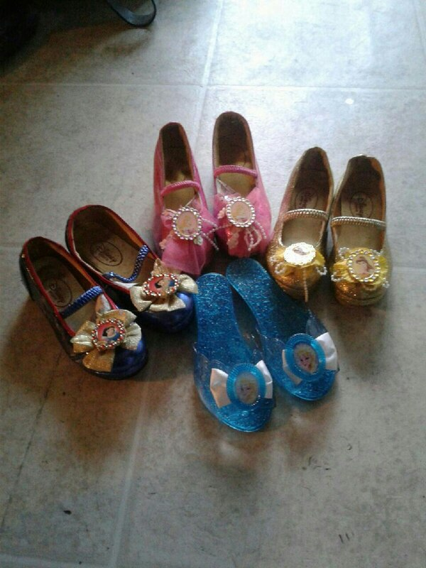515c5cef6 Used Little girl Princess shoes size 11 for sale in Waterloo - letgo