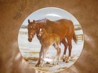 two brown horse print decorative plate Archer, 32618