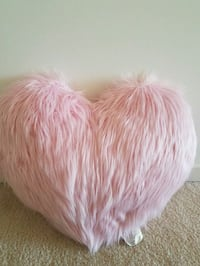 New with tags Valentines pink heart pillow  $15 Rockville