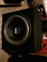 15' inch pyramid HYPER PRO 1200 watts woofer in sealed box Stockton, 95215