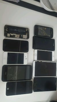 8 Broken phones for parts  Toronto