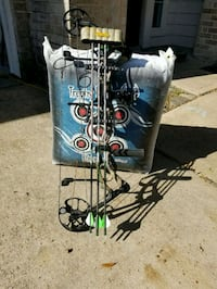 Bear authority compound bow Cypress, 77429