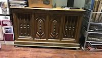 brown wooden 2-door cabinet Whitchurch-Stouffville, L4A 0W4