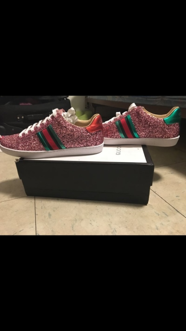c2c6c3711039 Used Size 10 female Gucci ace sneakers for sale in Riviera Beach - letgo