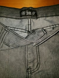 gray Levi's denim bottoms Toronto, M3N 2J5
