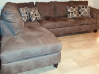 Brown Ashley Sectional (Offering Delivery) PRICE NOT NEGOTIABLE-READ THE POST FOR DETAILS Aspen Hill, 20906