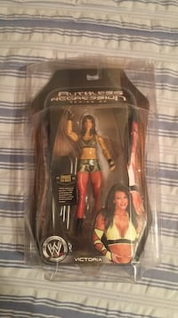 Wwe victoria toy figure with pack