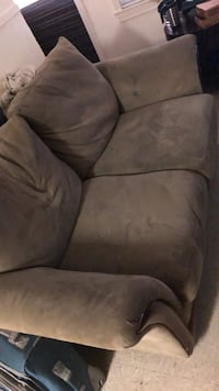 (2)couch Killeen, 76541