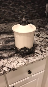 Kitchen accessory Sterling Heights, 48314