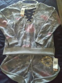 Brand New with tags Heart inspired outfit $10.00 Spartanburg, 29303