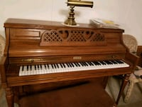 brown and white upright piano Acworth, 30102