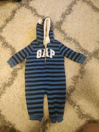 Brand new thick fleece snowsuit Toronto, M5J 3B2
