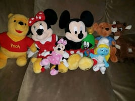 Lot of name brand stuffed animals