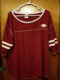 red and white long-sleeved shirt x-L Springdale, 72762
