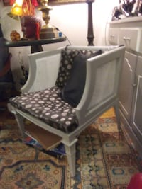 Refurbished vintage chair Toronto, M4Y 2L1