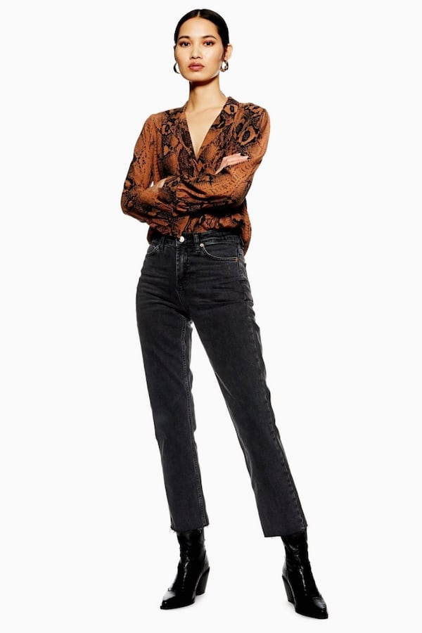 4 PAIRS TOPSHOP JEANS ALL NEW WT,CROP, MOM,STRAIGHT LEG $40 OR $100 ALL 55791d7d-988d-4a07-9819-acb9f2f03949