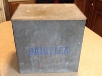 Rare antique milk box Dover, 17315