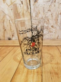 8 Pint glasses Toronto, M6G 1W9