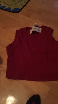 New maternity motherhood large nursing top. Check all my other new maternity items!!! 780 km