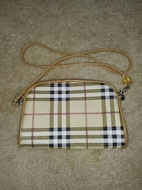 brown and beige Burberry plaid crossbody bag Burnaby, V5H 4M3