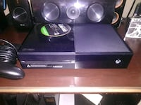 black Xbox One console with controller Topeka, 66609