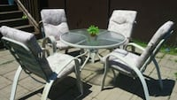 Set de table de patio Laval, H7H 2Z5