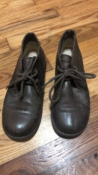 pair of black leather shoes Long Beach, 90810