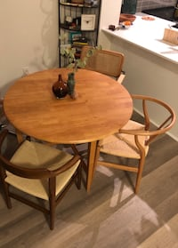 Round wood dining table Mississauga, L5R