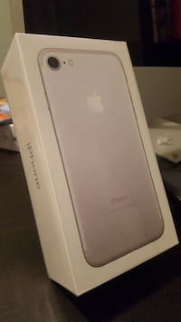 Brand New IPhone 7 (32 GB White & Silver)