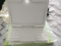 Bluetooth keyboard and case  Toronto, M8V 0C1