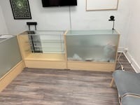 Display cases (3) price indicated for each Montréal, H4A 3B6