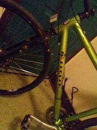 Kona dew plus w bike light and shimano brakes 29 i Vancouver