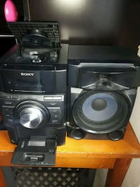 black Sony stereo component set London, N6E 2C9