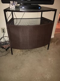 brown wicker table with black metal legs Columbia