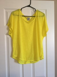 Ladies size xl Top Milton, L9T 2R1