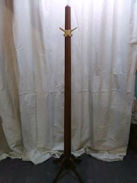 Vintage solid wood hat/coat rack